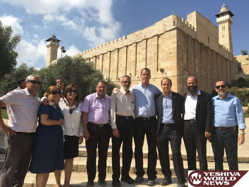 PHOTOS: Jerusalem Mayor Barkat Visits The Machpelah