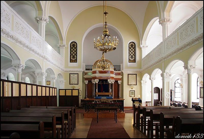 Jewish Life Returns to Poland - ASK OU Is Ready