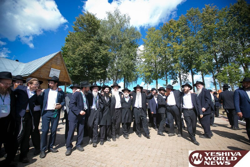 PHOTOS: Historical Kinnus In Russia: Five Hundred European Shluchim Gather (Photos by JDN)