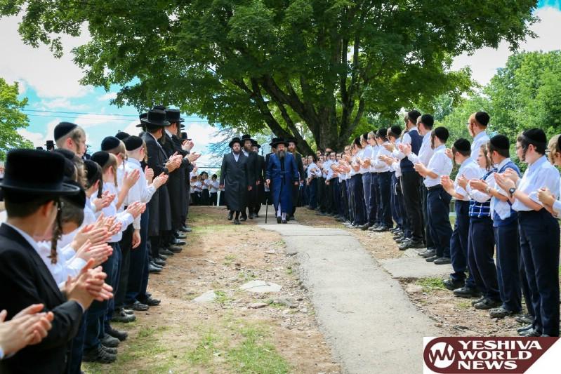 Photo Essay: Catskills - The Bobov-45 Rebbe Visiting Camp Bnei Bobov-45 (Photos by JDN)