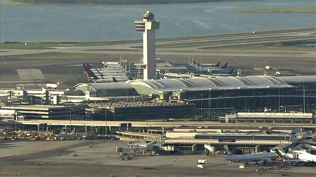 NY Gov. Cuomo Wants Review of JFK Airport Scare