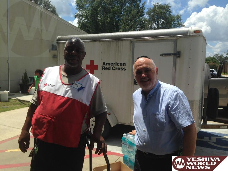 KIDDUSH HASHEM: Los Angeles Bikur Cholim President Helps Louisiana Flood Victims [PHOTOS]