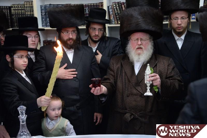 Photo Essay: Sasov Rebbe Motzei Shabbos In Bnei Brak (Photos by JDN)
