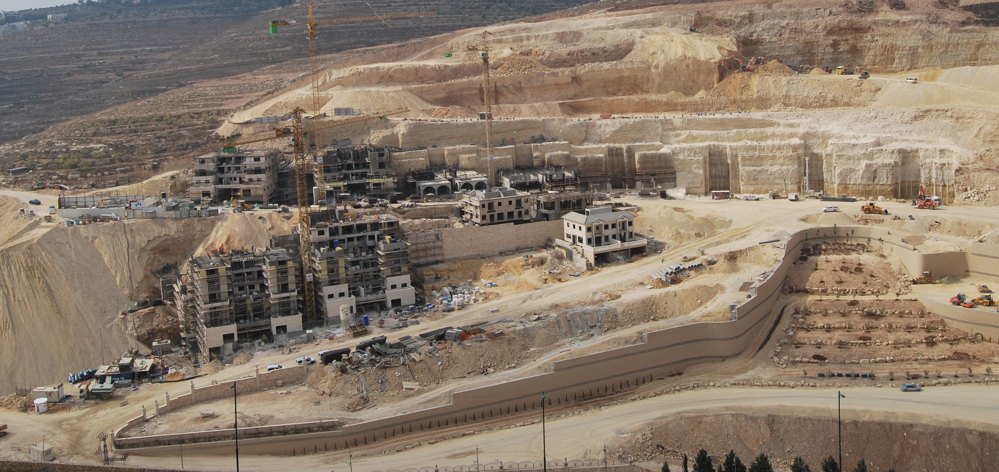Ramat Givat Zeev Project Lures Hundreds Of Families From USA