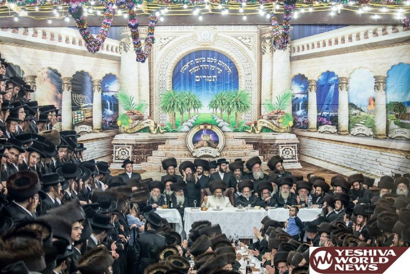 Photo Essay: Sukkos 5777 By The Satmar Rebbe Of Williamsburg (Photos by JDN)