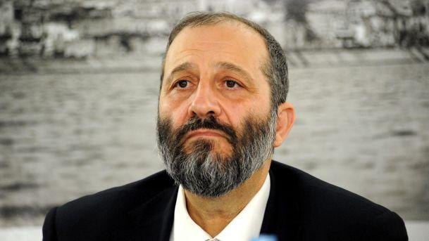 Deri's Directive Isn't Good For Hesder Talmidim And Talmidot Midrashot