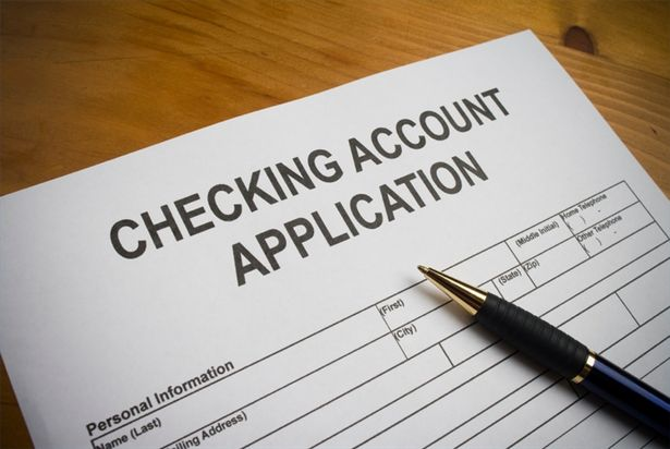 Survey: Number Of Americans Without Bank Accounts Declines