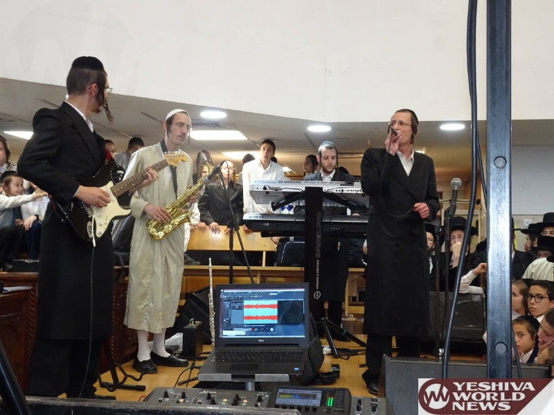 Photo Essay: Simchas Beis Hashoeiva 5777 By The Kaliver Rebbe (Photos by JDN)