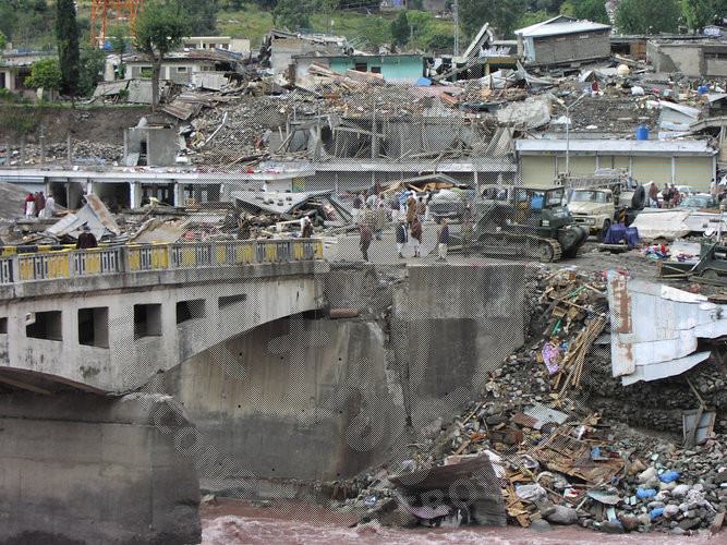 kashmir facing a natural disaster 10 natural disasters that shook the world in 2014 - the year 2014 saw several natural disasters around the world  jammu and kashmir floods.