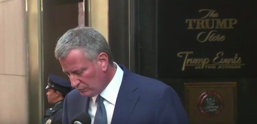 NYC Mayor DeBlasio Arrives for Long-Anticipated Meeting with U.S. Attorney's Office To Be Questioned In Corruption Probe