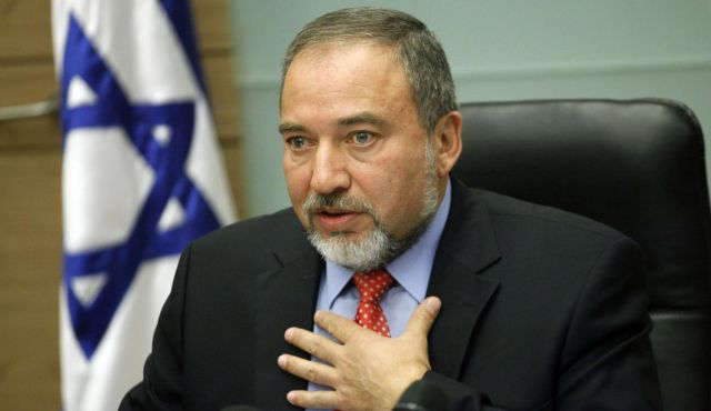 Defense Minister Lieberman Extends IDF Chief Of Staff's Tenure
