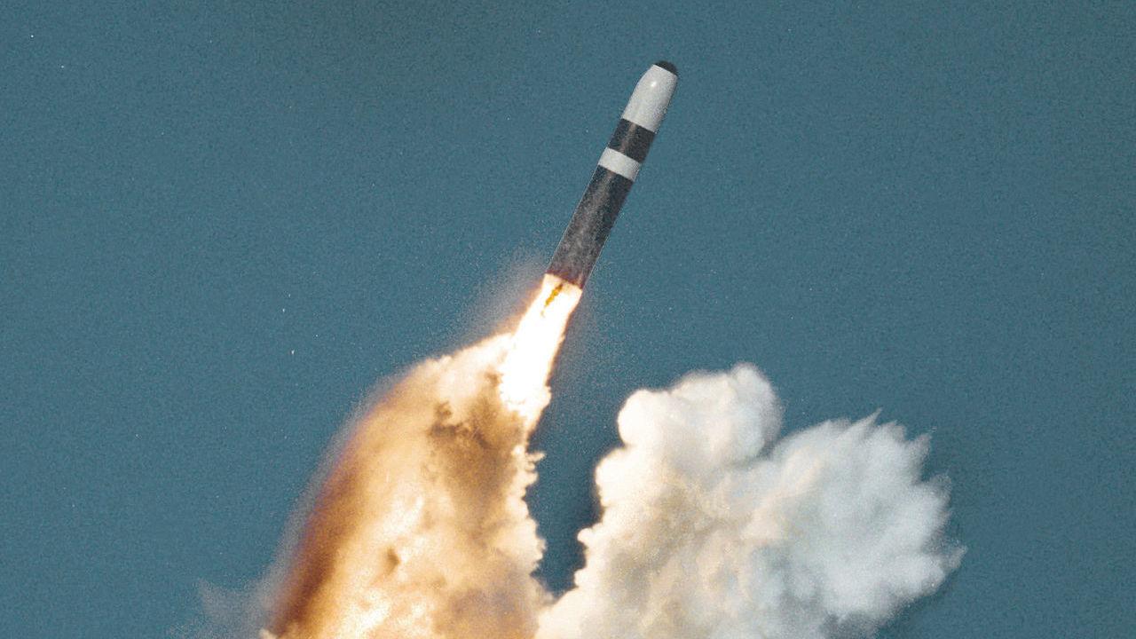 Missile Failure Off Florida? British Leader Won't Say