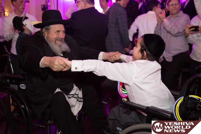 PHOTOS: Chai Lifeline Retreat Gives Families Tools For Living with Illness