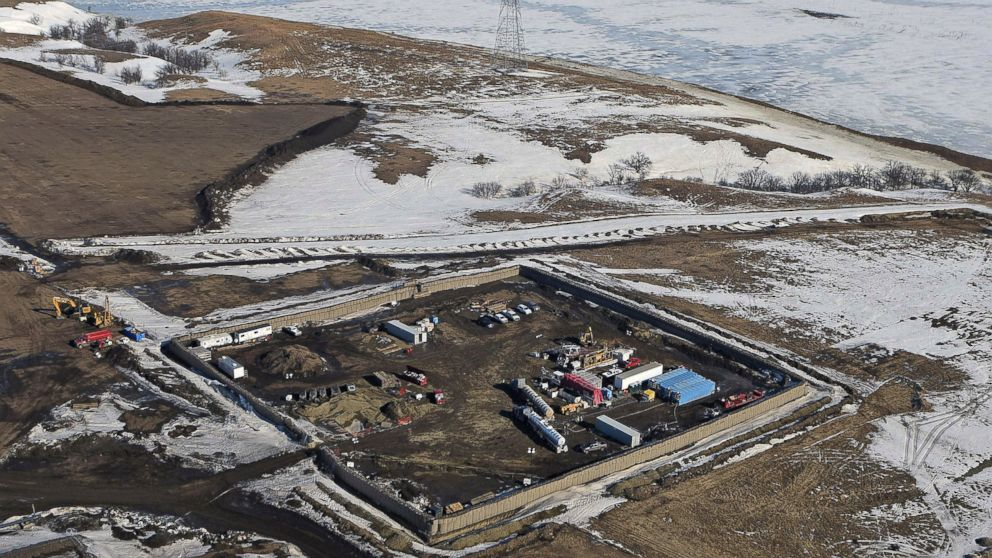 Dakota Pipeline Builder Says Oil Could Flow In As Little As Two Weeks