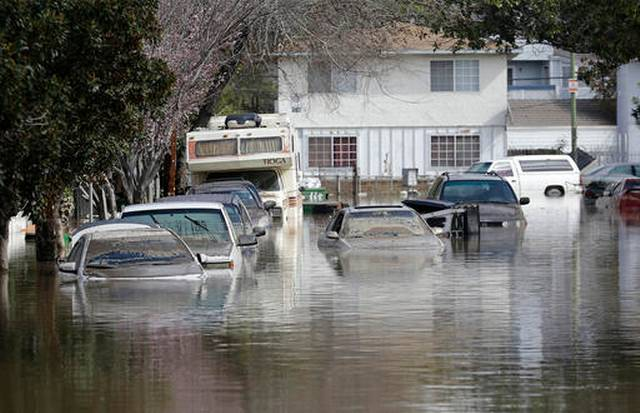 Some San Jose Residents Return To Waterlogged Homes