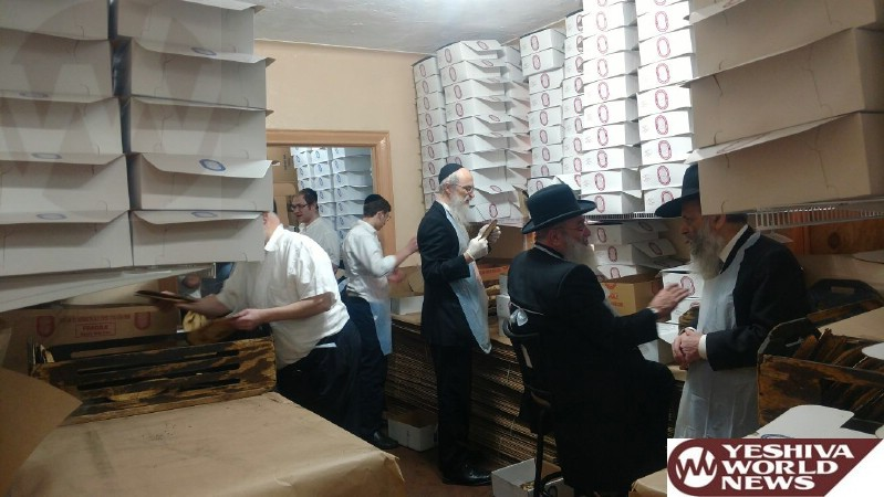 Photo Essay: Hagaon HaRav Reuven Feinstein Rosh Yeshivas Staten Island Baking Matzos (Photos by JDN)