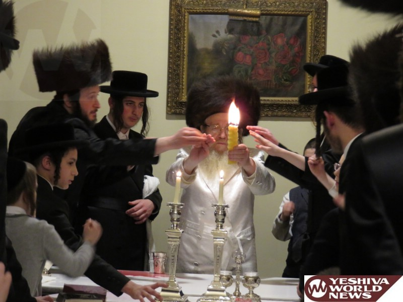 Photo Essay: Sanz Zmigrad Rebbe Motzei Shabbos In Kiryas Yoel (Photos by JDN)