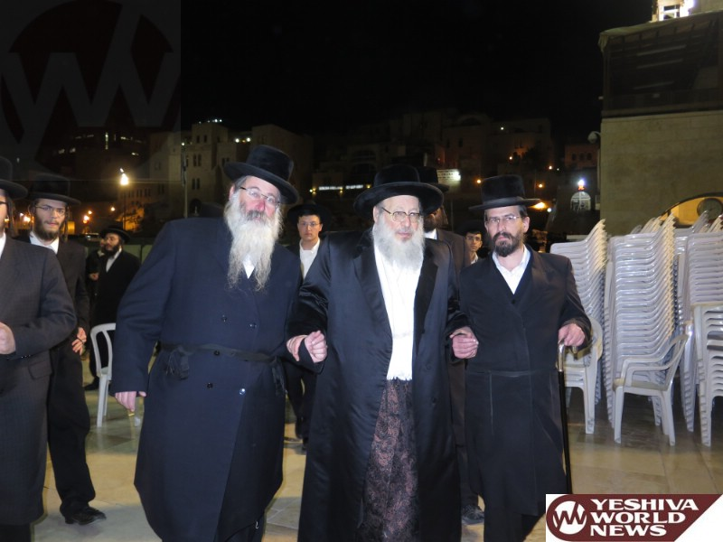 Photo Essay: Spinka Rebbe At The Kosel (Photos by JDN)