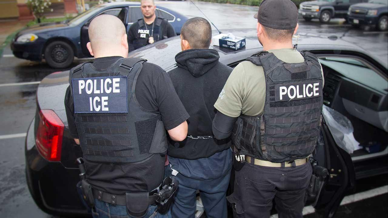 Immigration Agents In New York Detain 30 People Over 2 Days