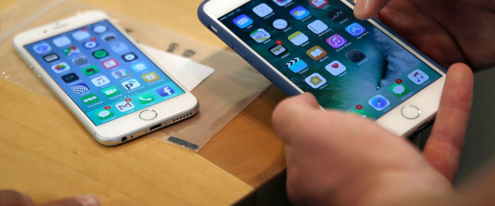 WikiLeaks: CIA Hacked Apple Devices In Ways Users Can't Fix