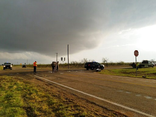 3 Storm Chasers Die In Crash During Southern Plains Storms