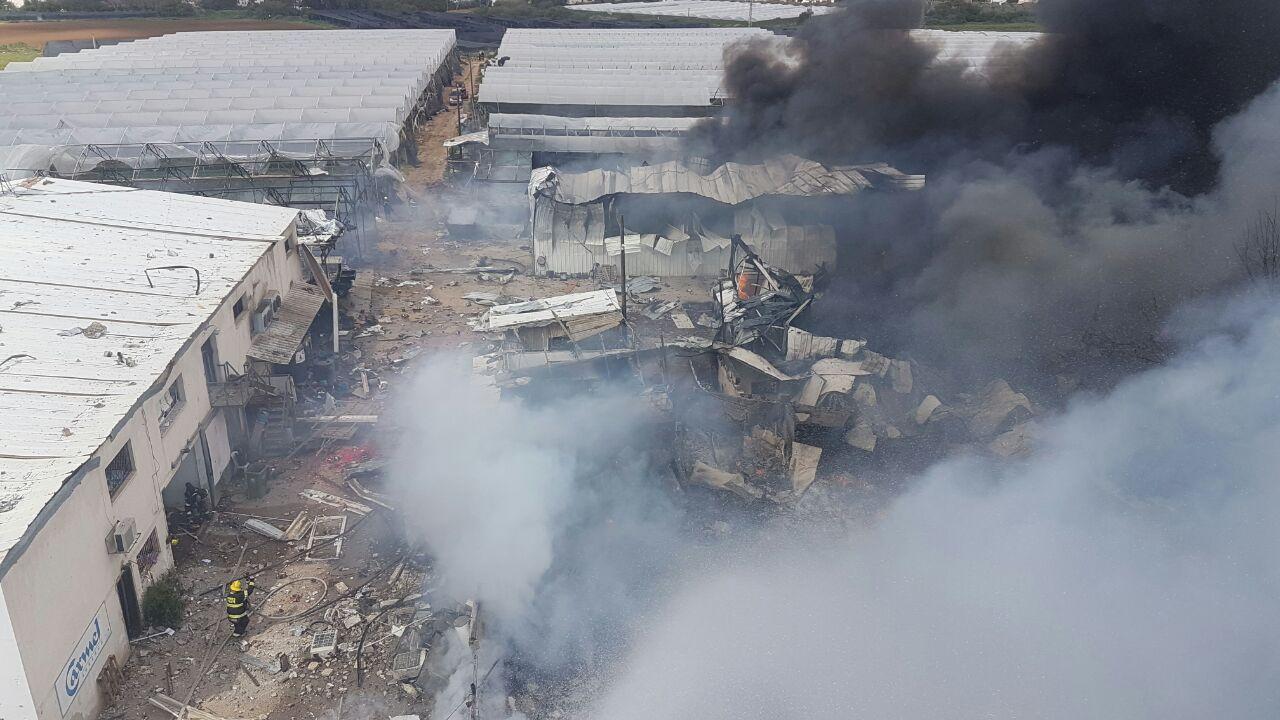 Blaze in Israel fireworks warehouse wounds seven