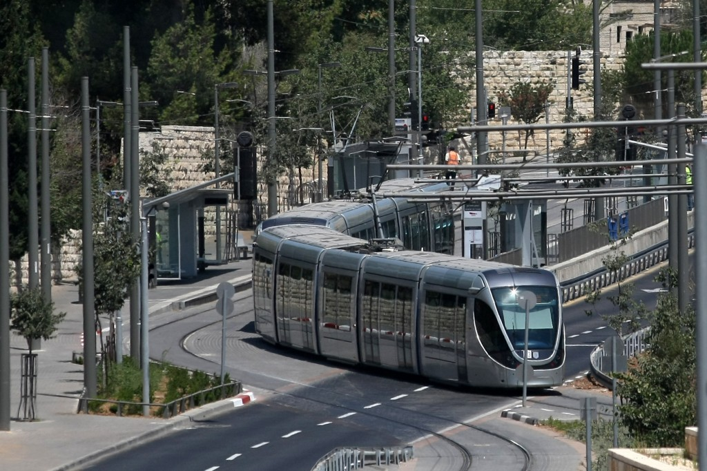 Jerusalem Light Rail Will Accommodate Riders On Memorial Day