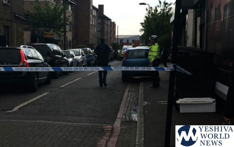 London Police Arrest Knifeman Who Threatened to Kill Jews