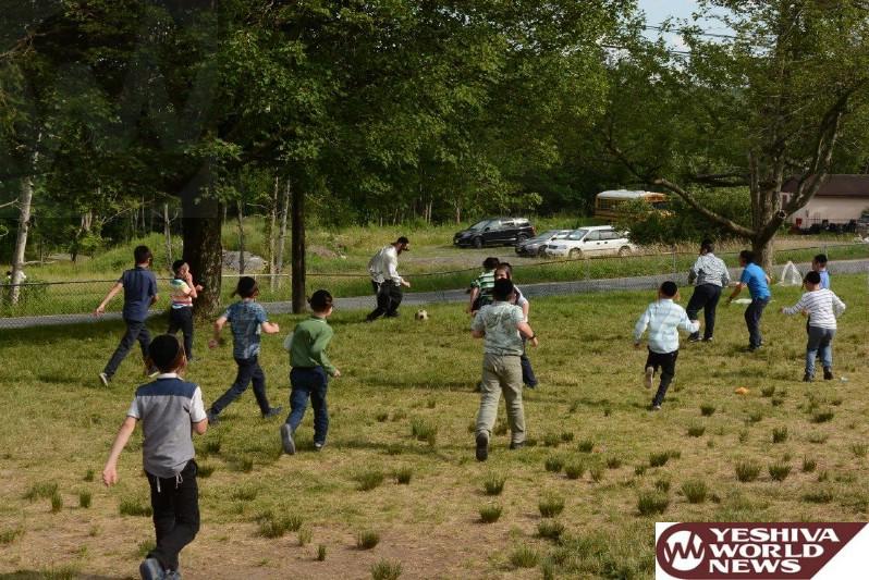 Photo Essay Catskills A Visit At Camp Adas Yereim Vien