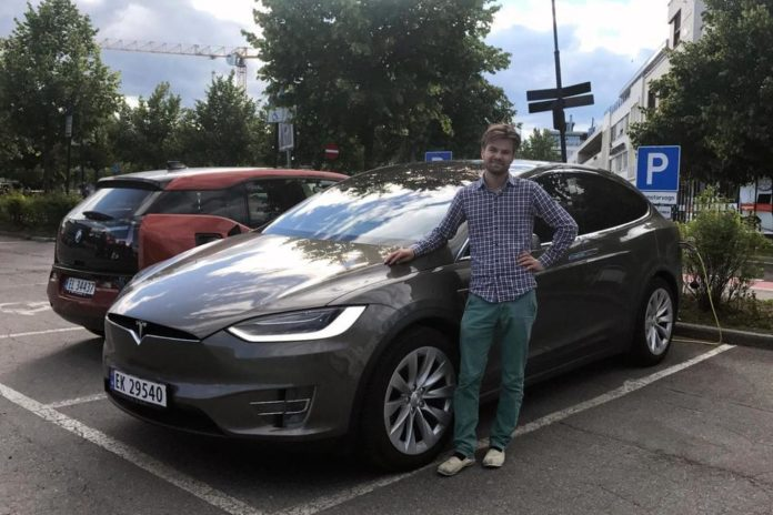 Michigan Dealership Laws Still An Uphill Battle For Tesla Inc (TSLA)