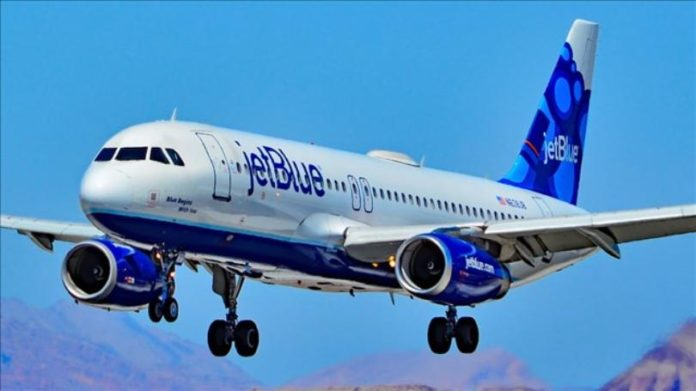 JetBlue says crew members sickened by nail polish remover