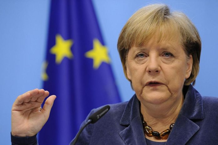 Merkel Calls On Turkey To Release Jailed German Citizens
