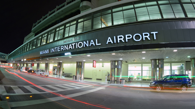 Man shot had knife on Miami airport tarmac
