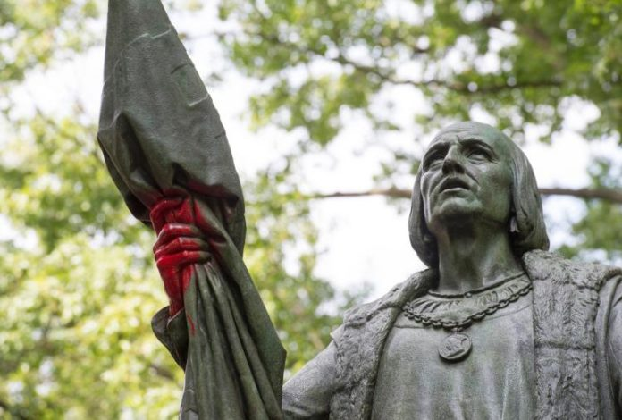 Manhattan: Columbus Statue Vandalized With Graffiti, Hands Painted Red