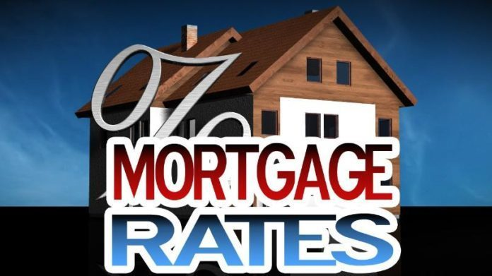 Mortgage rates hold at 2017 lows, Freddie Mac says