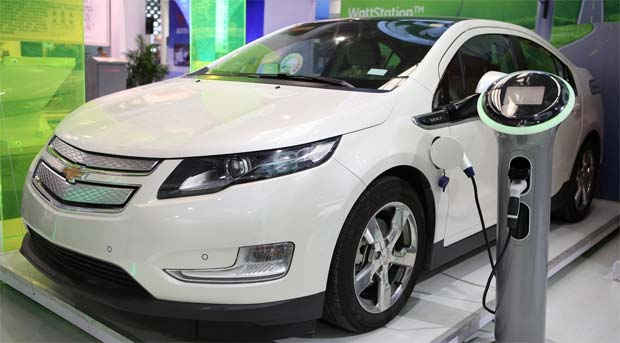 Gm to offer 2 more electric vehicles in next 18 months for General motors electric car