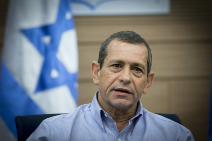Israel Foiled 400 Terrorist Attacks in 2017, Shin Bet Chief Says