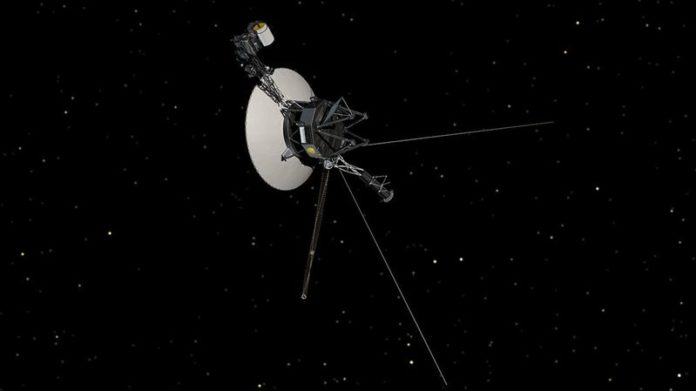 NASA wakes up Voyager's slumbering thrusters 37 years later