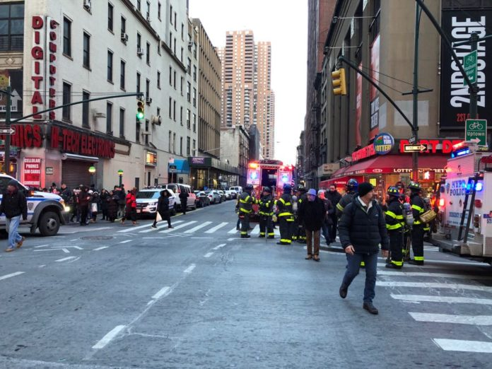Subway evacuated as NYPD respond to explosion in New York City