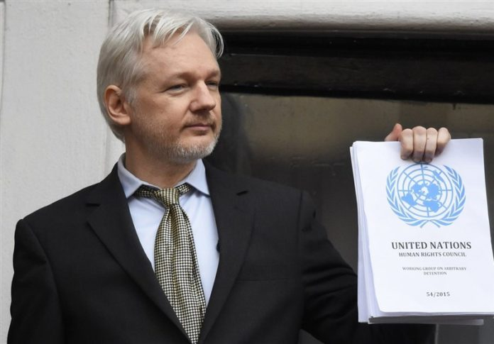 WikiLeaks' Julian Assange gets citizenship of Ecuador