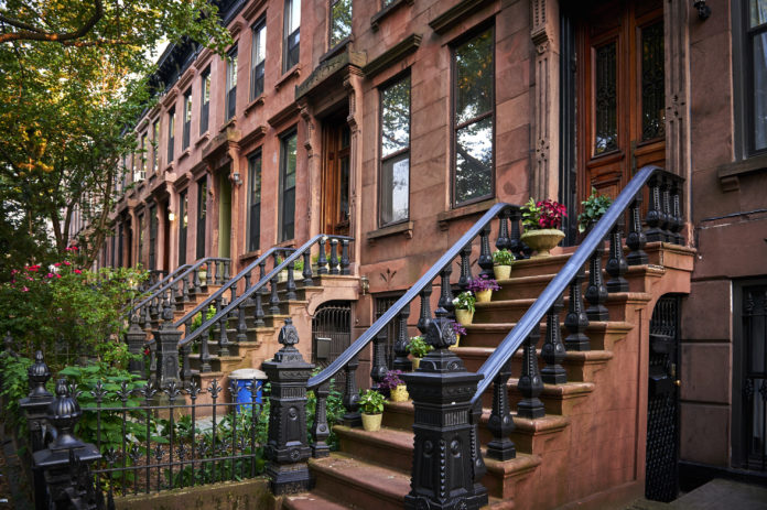 NYC sets affordable homes record: 24500 financed in 2017