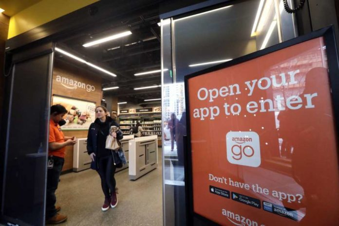 Amazon Go Expanding To Chicago, San Francisco