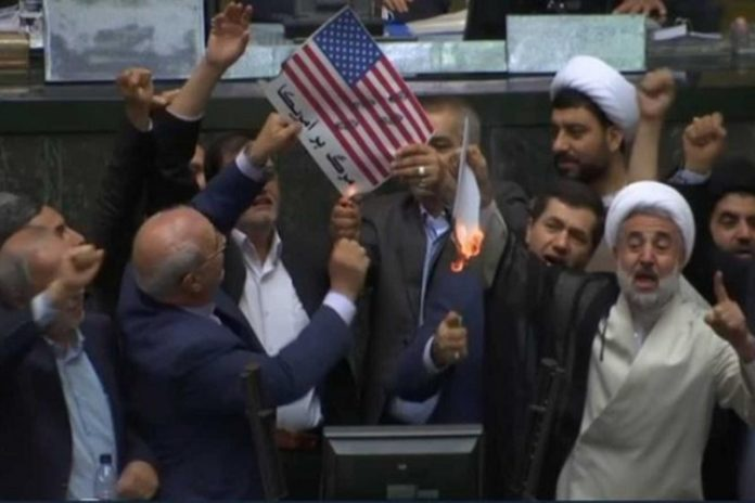 Death To America Iranian Lawmakers Burn U S Flag In
