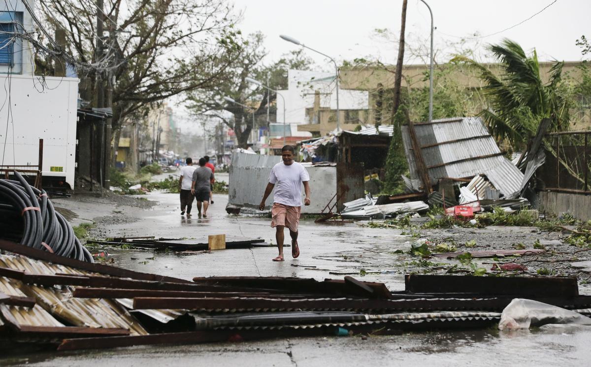 Typhoon Mangkhut Kills 64 Chareidim Stranded In Hong Kong