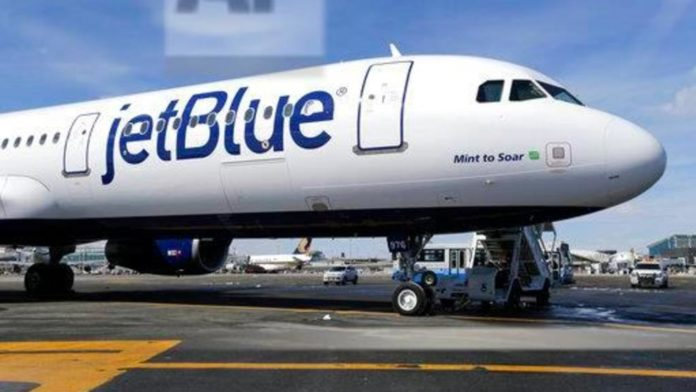 WATCH IT: Jewish Family Thrown off JetBlue Flight For 2-Year-Old Not Wearing Mask 1
