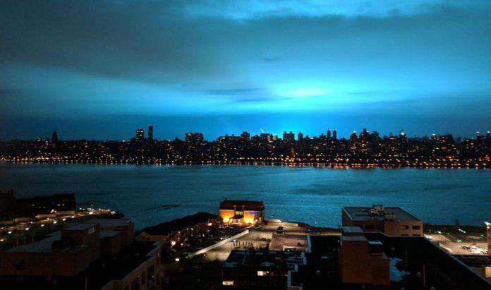 Nyc Massive Con Ed Transformer Explosion Turns Night Sky