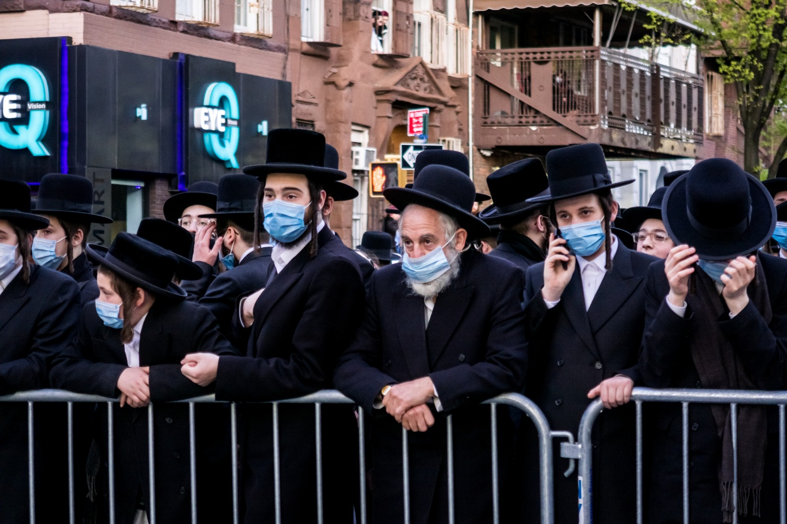 Statement From Tola'as Shul Explains Unfortunate Incident At Levaya Of Rebbe 6