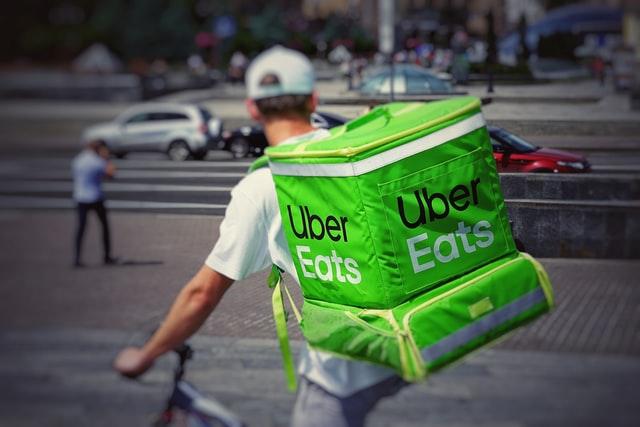 "Uber Eats Halts Deliveries For ""Zionists Not Welcome"" Toronto Restaurant 1"