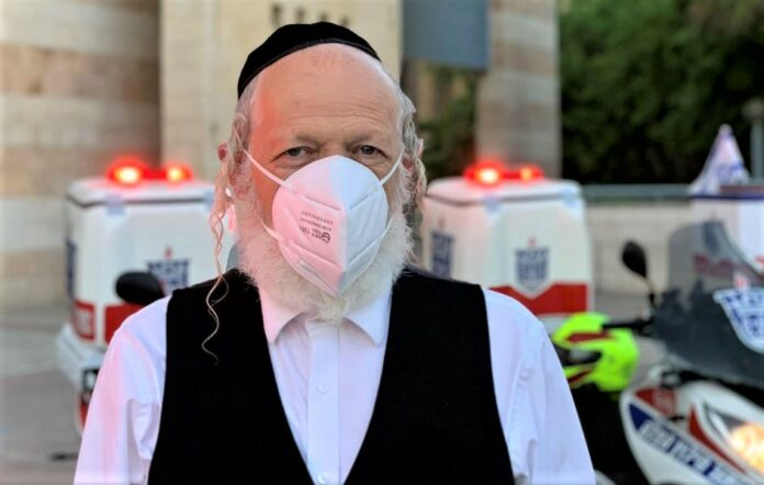 """""""Healthy People Are Dying Of COVID In Days,"""" Israel's Zaka Chairman Says 1"""