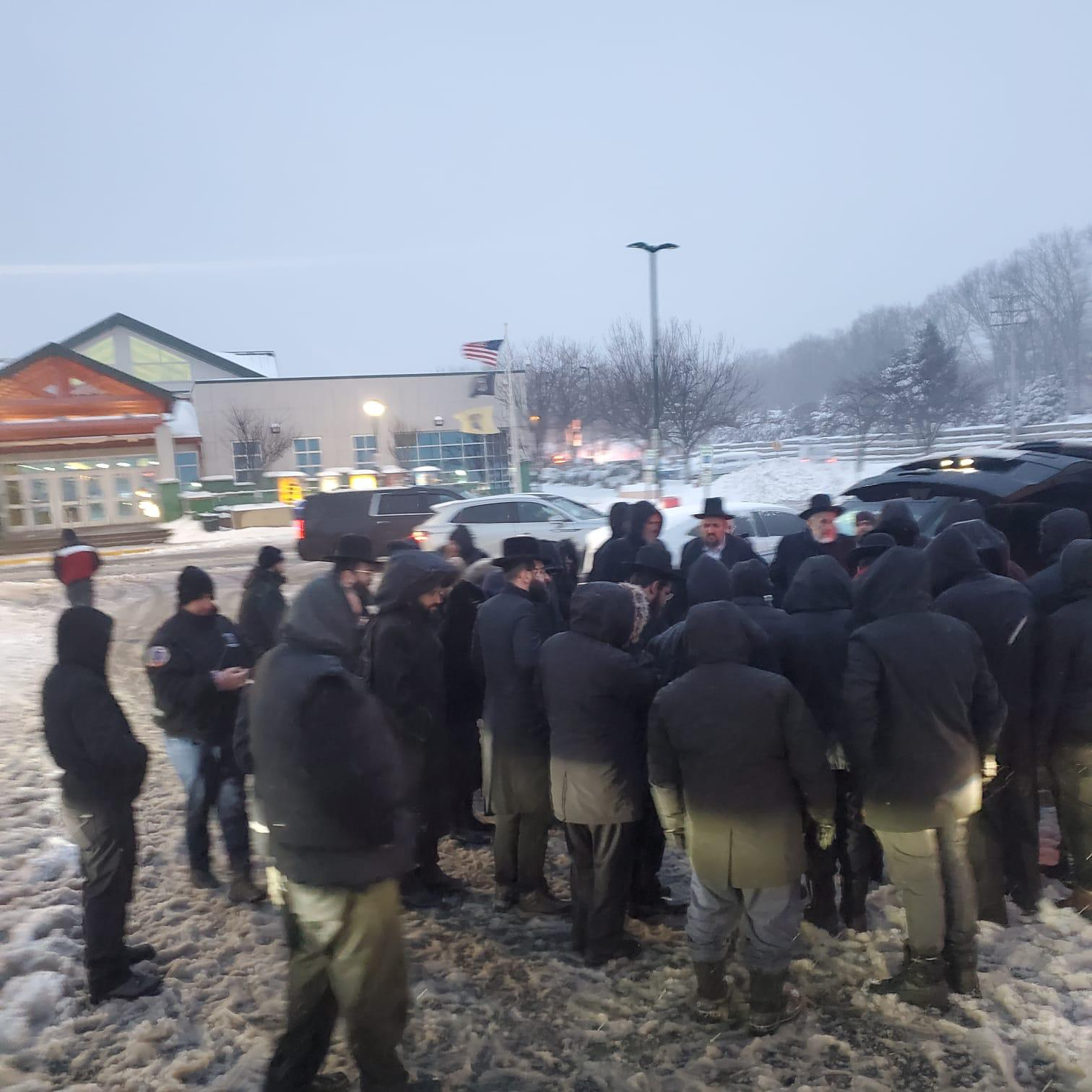 From Sorrow to Joy, Misaskim and Hatzolah Air Join Forces to Brave the Snow 3